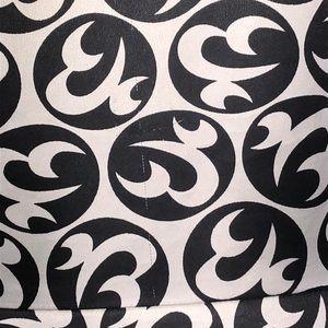JG Hook Dresses - 🌸2/$20 JG Hook Black & white button down dress